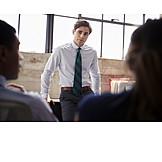 Geschäftsmann, Zuhören, Besprechung