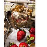 Dessert, Erdbeeren, Müsli