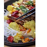 Asiatische Küche, Essstäbchen