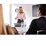 Geschäftsfrau, Erklären, Präsentation