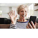 Häusliches Leben, Smartphone, Videochat