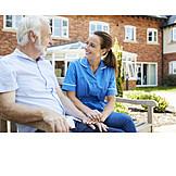 Senior, Kommunikation, Altenpflegerin