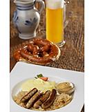Bayrische Küche, Sauerkraut, Rostbratwurst