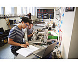 Zusammenarbeit, Forschung, Schüler, Maschinenbau