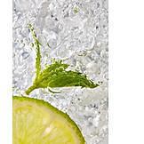 Eisgekühlt, Erfrischungsgetränk, Kohlensäurehaltig