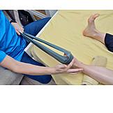 Krankengymnastik, Taping, Kinesiologisches Tape