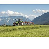 Landwirtschaft, Traktor, Heu