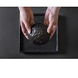 Black burger bun