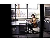 Geschäftsfrau, Büro, Arbeiten
