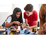 Zusammenarbeit, Schulfach, Technikunterricht