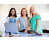 Girl, Cooperation, Robotics