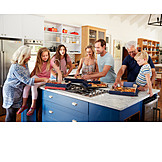 Küche, Familie, Pizza, Mittagessen