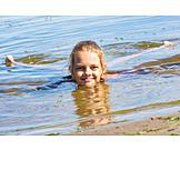 Mädchen, Schwimmen, Badeurlaub