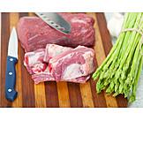 Grüner Spargel, Rindfleisch, Kochzutaten
