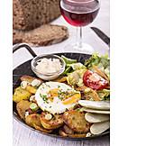 Pfannengericht, österreichische Küche, Tiroler Gröstl