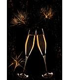 Silvester, Champagner, Anstoßen