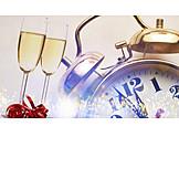 Sekt, Neujahr, Anstoßen, Kurz Vor Zwölf