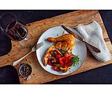 Rotwein, Grillhähnchen, Grillgemüse