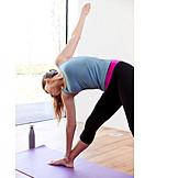 Yoga, Yogaübung, Trikonasana