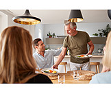 Essen, Familie, Bedienen, Loben