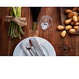 Gastronomie, Spargel, Grüner Spargel, Gedeckt