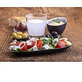 Greek salad, Appetizer, Ouzo