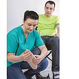 Physiotherapie, Fußmassage, Mobilisation