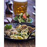 Potato Salad, Vegetarian, Sauerkraut, Ravioli, Southern German Cuisine
