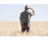 Landwirtschaft, Weizenfeld, Landwirt
