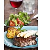 Rindersteak, Weißer Spargel, Mittagessen
