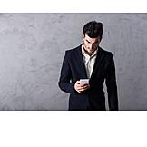 Geschäftsmann, Mobile Kommunikation, Online, Smartphone