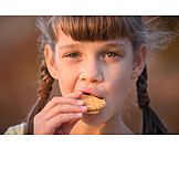 Girl, Eating, Cookie
