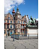 Düsseldorf, Town hall, Market square, Horse statue