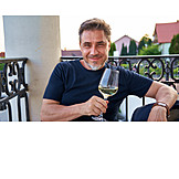 Mann, Entspannt, Weißwein