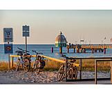 Bicycles, Baltic Sea Coast, Tauchgondel