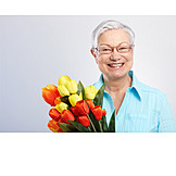 Senior, Smiling, Happy, Bouquet, Mothers Day