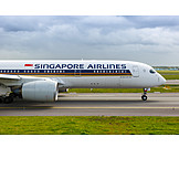 Airplane, Singapore Airlines