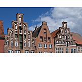 Community center, Brick architecture, Giebelhaus